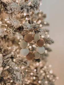 Felt Ball Wreath - Beige & White