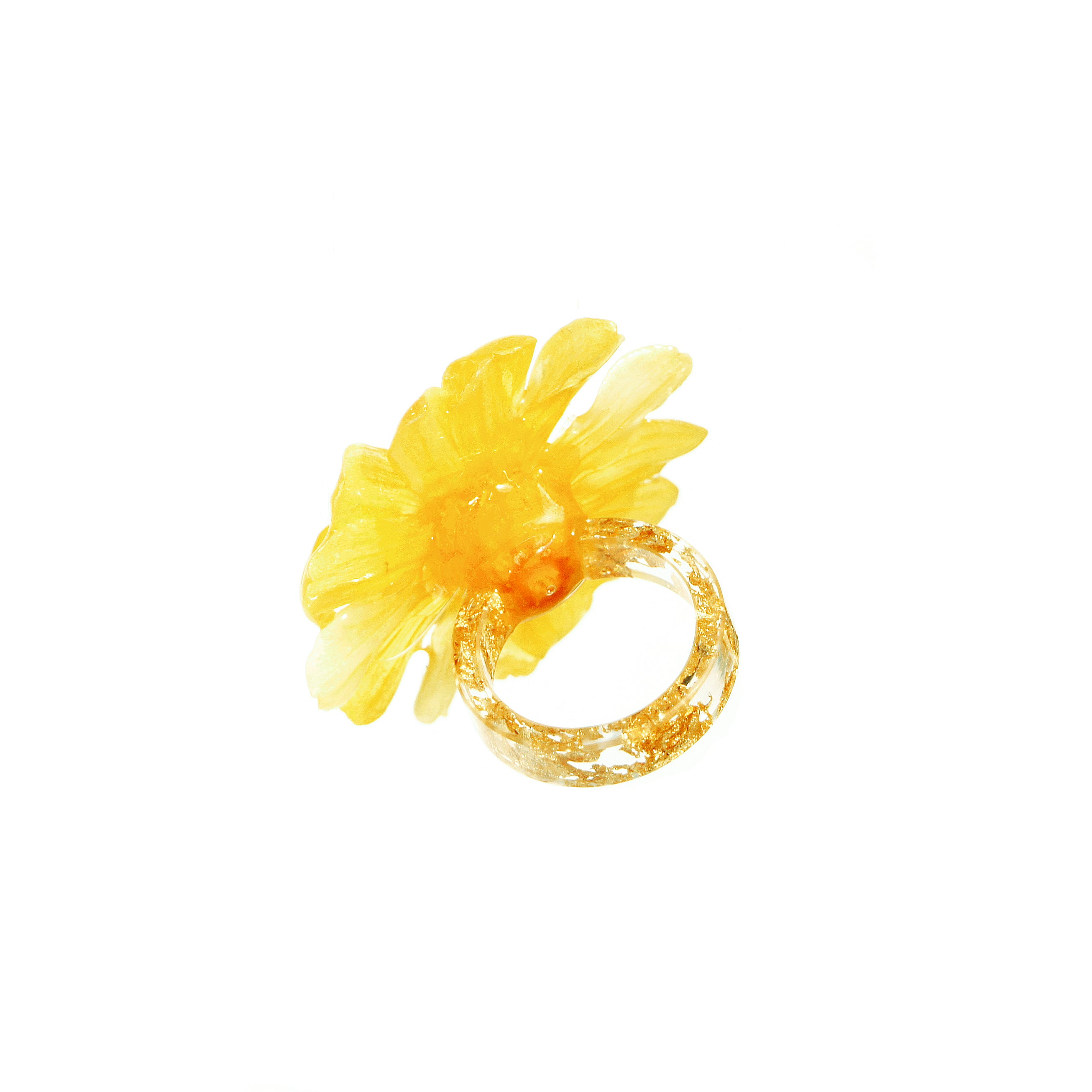 *REAL FLOWER* Paris Daisy Ring