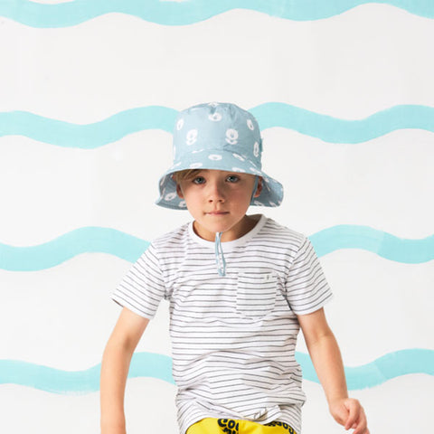 boy wearing Acorn Kids Bear Faces Bucket Hat