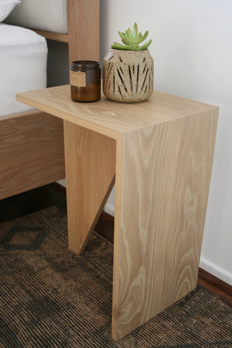 Uni Side Table – White Oak