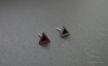 Load image into Gallery viewer, 3D Earrings_ triangle / triangle _ pink / gray - A.pair Earrings_contemporary jewelry