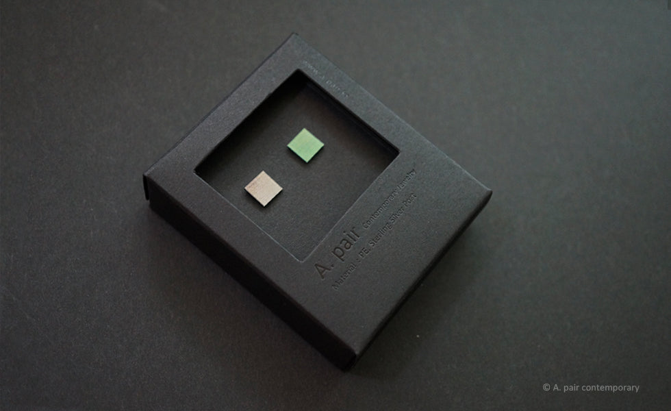 3D Earrings_ square / square  _  gray / emerald - A.pair Earrings_contemporary jewelry