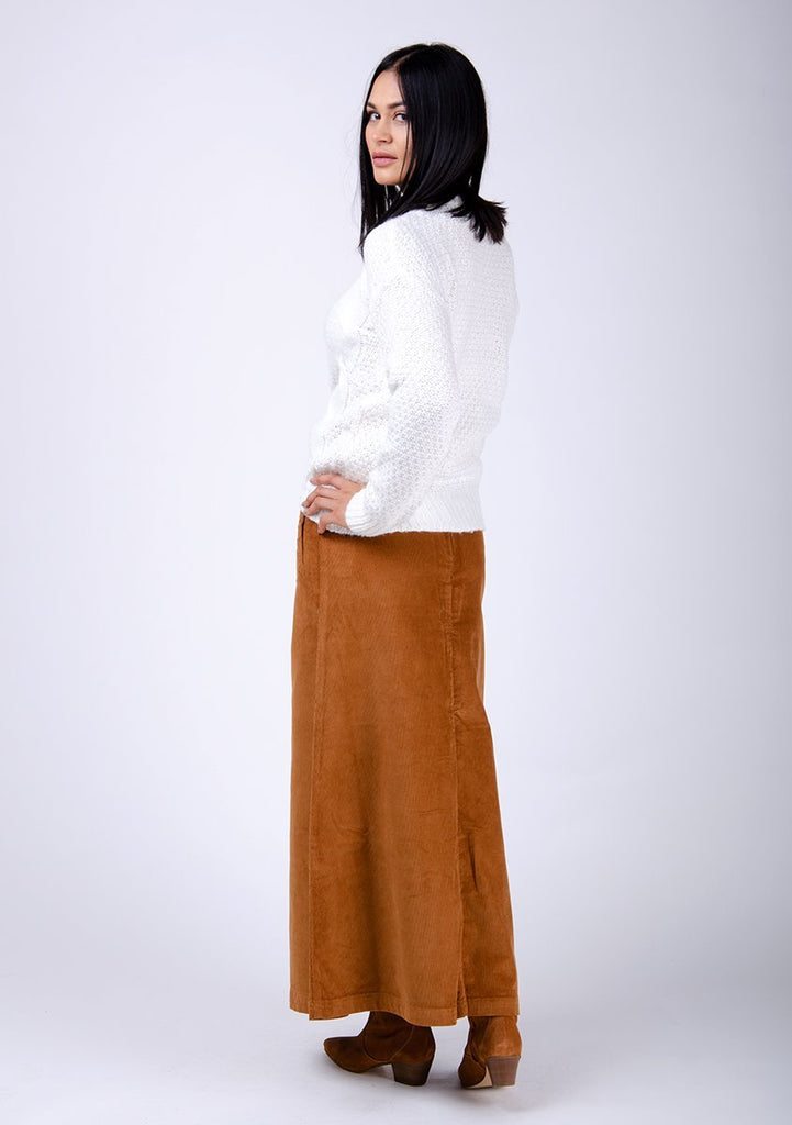 Full-rear-side pose wearing full-rear-long-skirt with back zip and button.