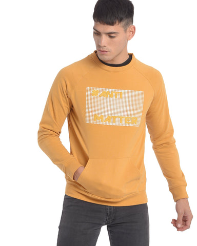 Sweatshirt With Chest Print In Mustard