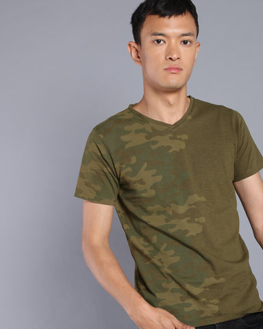 Camo Printed V-Neck T-shirt In Olive Green
