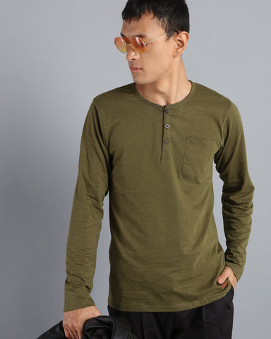 Henley Neck Solid T-shirt with Pocket in Olive Green
