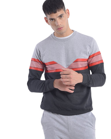 Sweatshirt With Chest Panel and Print in Melange Grey
