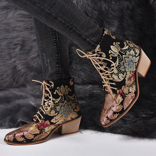 2019 New Autumn Retro Women Embroidery Flower Short Boots Lady Elegant Lace Up Ankle Boots
