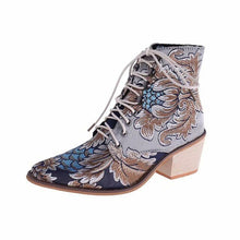 Load image into Gallery viewer, 2019 New Autumn Retro Women Embroidery Flower Short Boots Lady Elegant Lace Up Ankle Boots