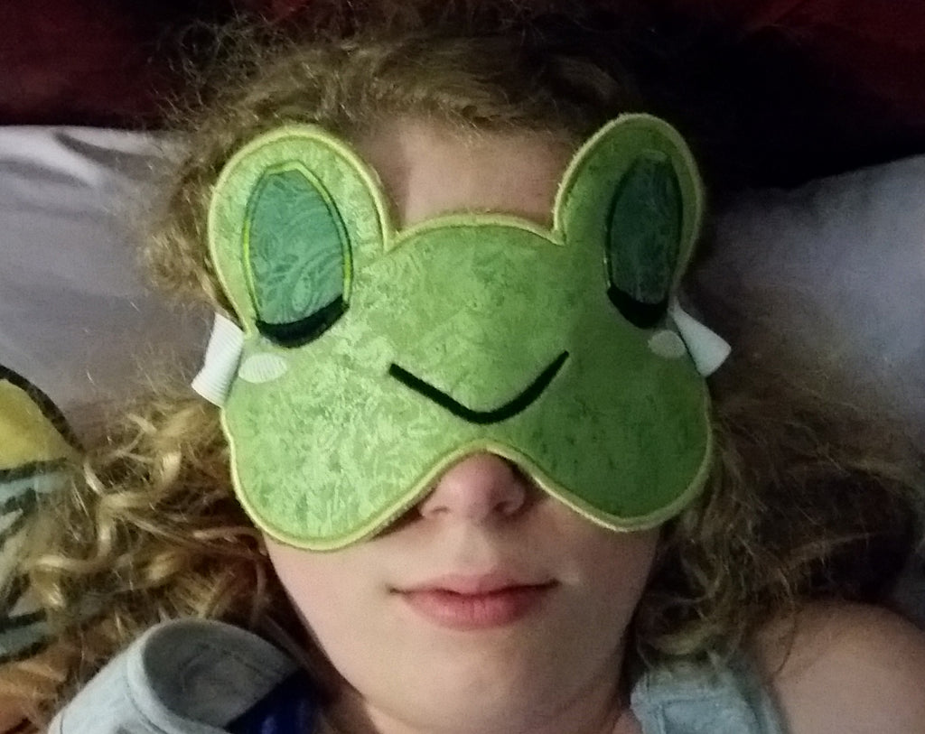 Froggy In The Hoop Face Mask