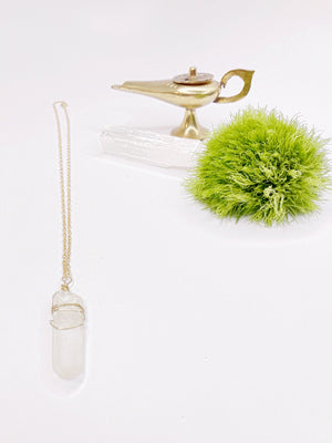Everyday Power Quartz Crystal Necklace