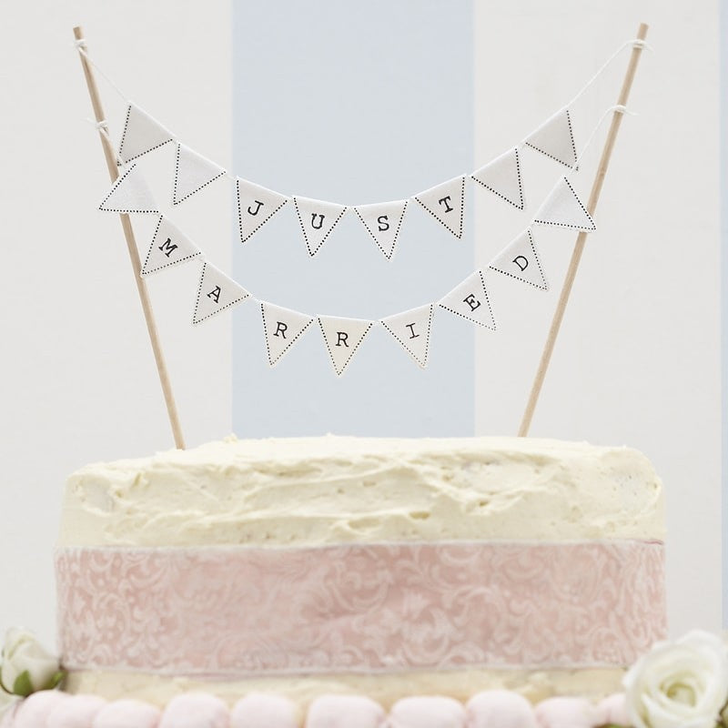 Wedding Cake Topper - Just married cake bunting
