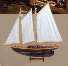 SAIL MODEL FRIENDSHIP LARGE