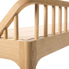 Spindle bench Oak