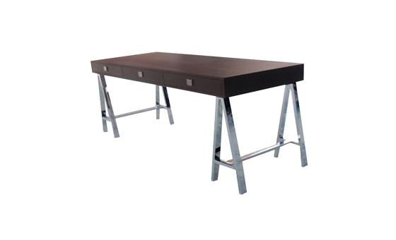 work in style with the embassy desk from attica