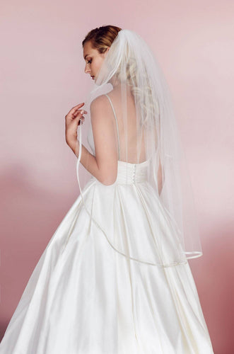 One tier organza veil with beaded trim, V458F