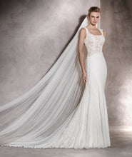 Classic soft tulle