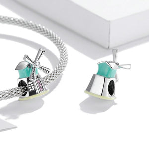 colour-windmill-charm3
