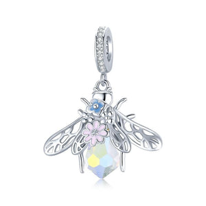 colourful-bee-pendant-charm