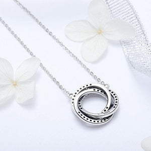Connected Circles Pendant Necklace - The Silver Goose