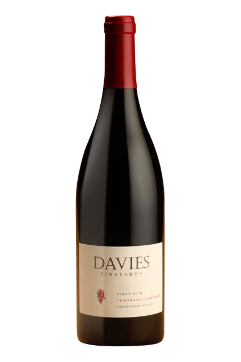 J. Davies Ferrington Vineyards Pinot Noir 2017 (750 ml)