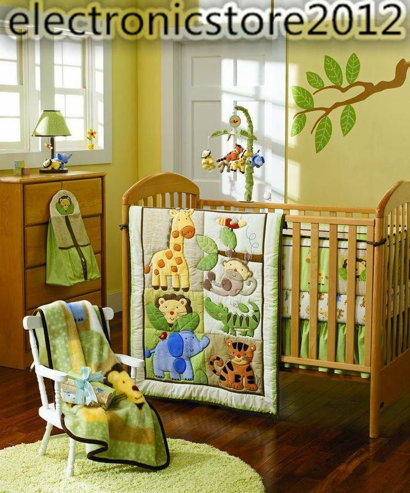 4pcs Infant Baby Girl Nursery Crib Bedding Set Lion Giraffe Quilt Bumper Sheet Lovely Bedding Set For Newborn Baby