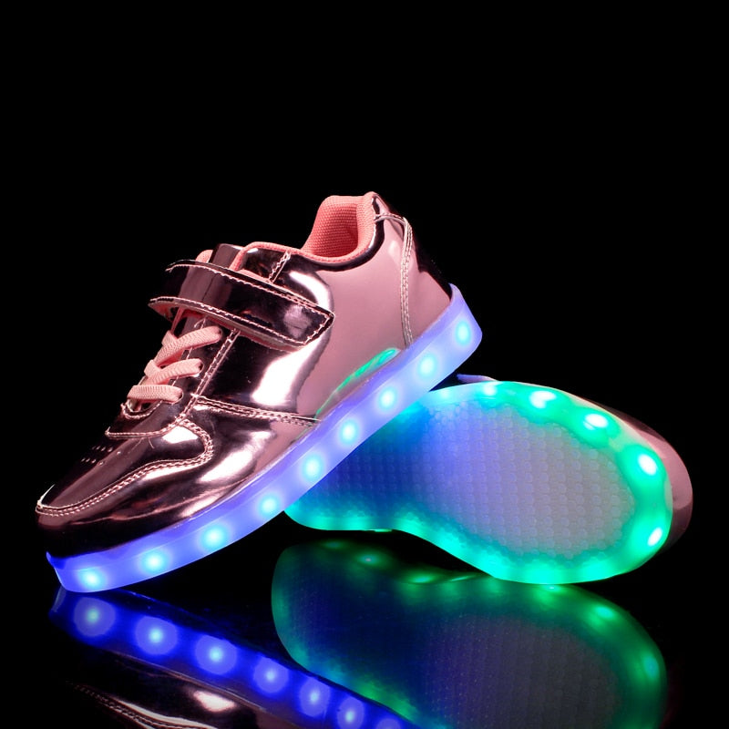 2019 Led Shoes for kids USB charge Light Up Sneakers for boys mirror leather toddler girls Glowing Fashion Party Shoes 23-37