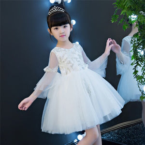 2019 High Quality White Color Girl Children Embroidery Lace Princess Birthday Wedding Party Dress Sweet Cute Flare Sleeves Dress