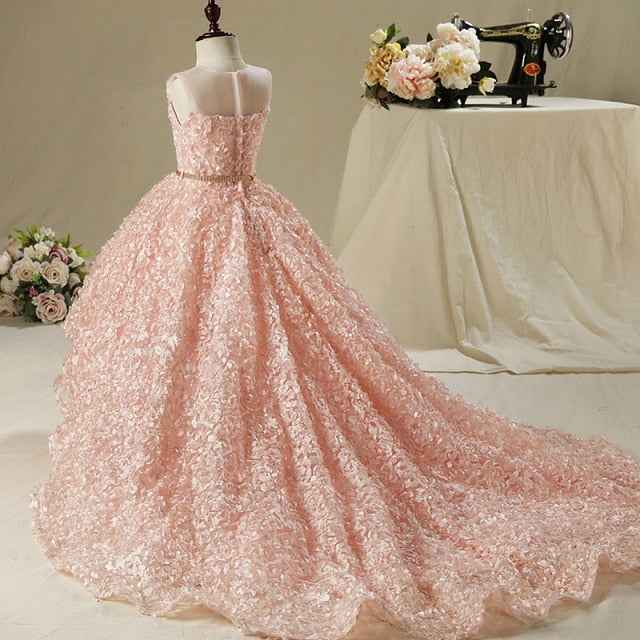 Luxury Pink Flower Girl Dresses for Wedding Long Trailing Petals Holy Communion Dress with Metal Belt Princess Party Dress B470