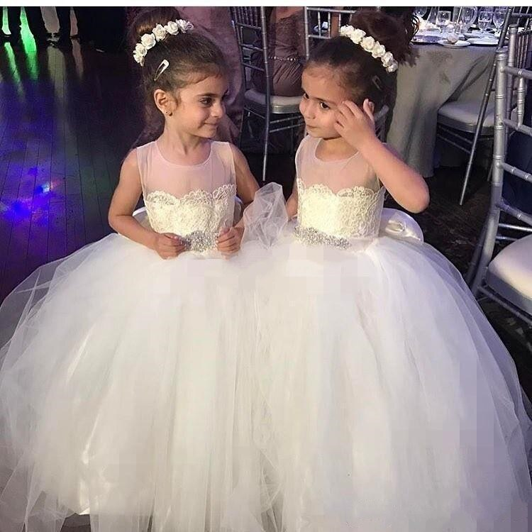 Ivory White Puffy Tulle Ball Gown Flower Girl Dress for Wedding Party Baby Girls Pageant Communion Dress with Bow