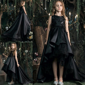 Black High Quality Flower Girls Dresses for Weddings O Neck High Low Style Kids Pageant Party Gown Satin Fur Any Size