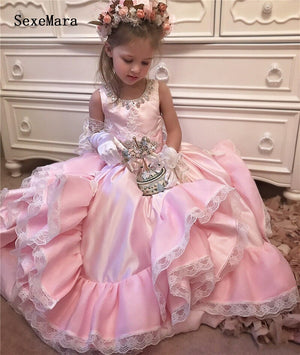 2019 Flower Girls Dresses For Weddings Scoop Ruffles with Ribbon Crystal Princess Children Wedding Birthday Party Dresses