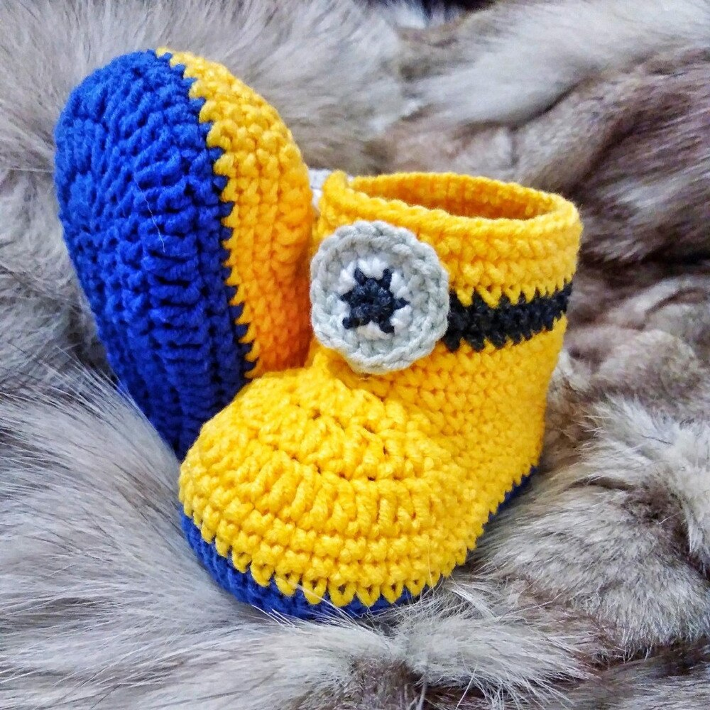 Baby crochet boys Booties  girls loafers infant handmade first walker shoes  model number YU001