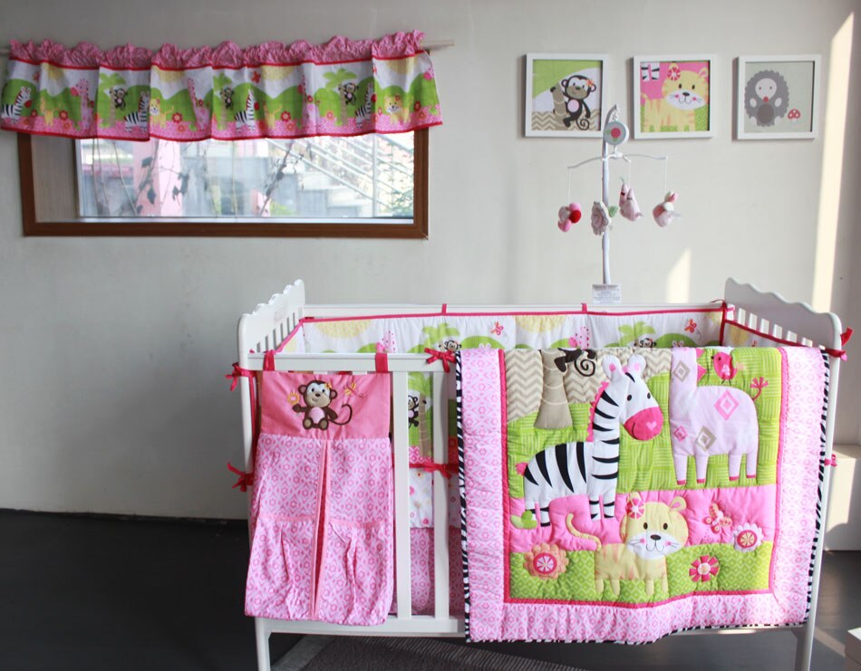 Newborn Baby Six-Piece Baby Cot Kindergarten Bedding Set Cartoon Animal Pattern Baby Quilt Mattress Nursing Bed Accessories