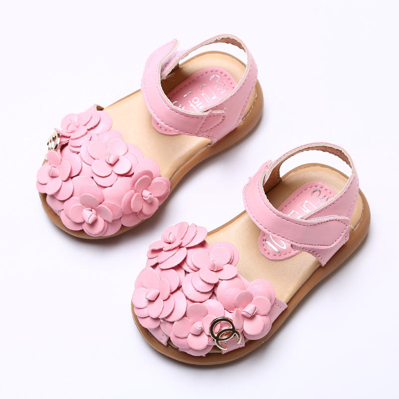 2017 High quality Baby girl sandals Hollow out princess shoes Package toe sandals Non-slip soft bottom moccasins