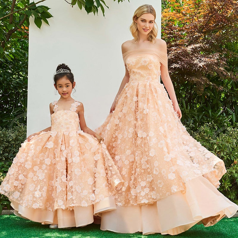Flower Girl Dress Mother Daughter Princess Wedding Dresses Mother and Daughter Clothes Photography Ball Gown Family Look Dress