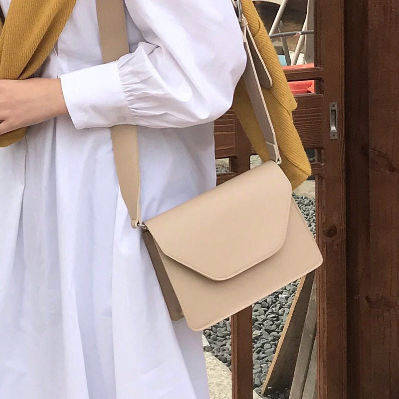 Honey Crossbody Bag