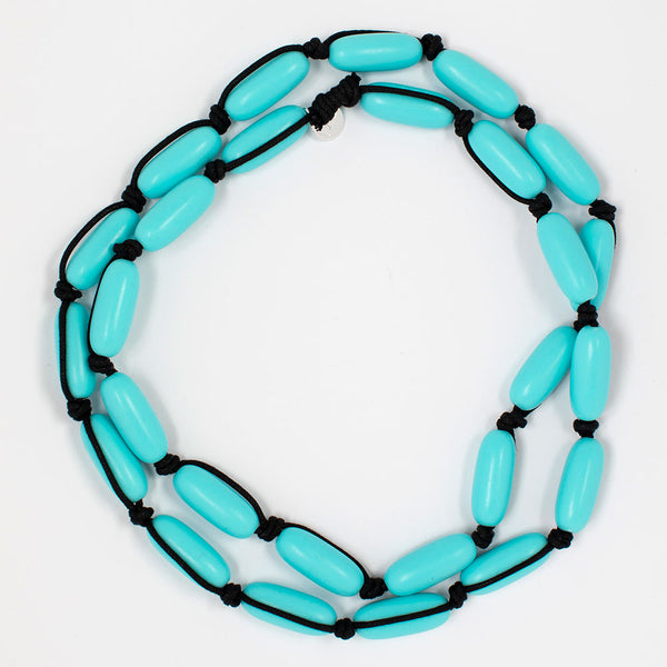 Evie Marques Midi necklace Pool on black cord
