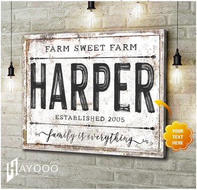 HAYOOO Personalized Chippy Farmhouse Canvas Wall Art Farmhouse Vintage Style Family Is Everything