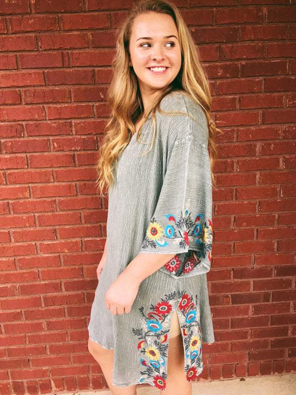 Come And Go Kimono Sleeve Tunic - Washed Olive