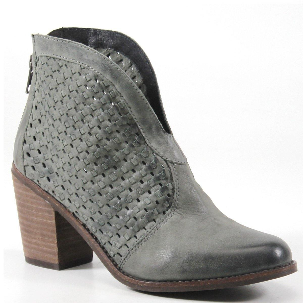 Crafted with a fashionable woven leather upper and u-shaped cutout on the vamp, the Lake Land booties by Diba True will fit right into your wardrobe. With a convenient back zip closure and comfortable padded insole, you can wear these ankle boots with casual or dressier outfits for a classy touch.