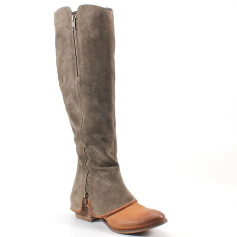 The rich color, zipper detail and texture are a match made in heaven for this dreamy covered boot called SANTA CRUZA.