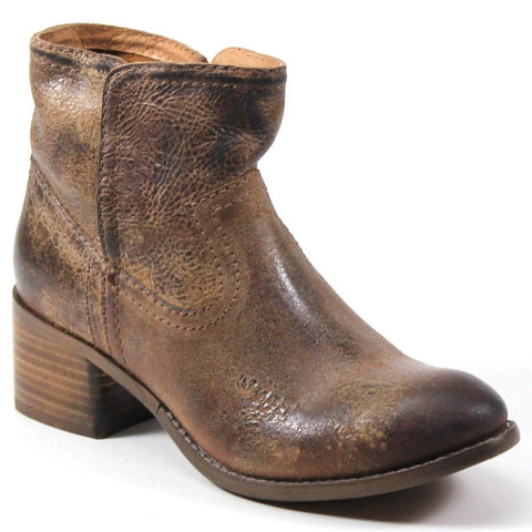 The WALNUT GROVE bootie by Diba True has a western vibe that meets the comfortable, casual style. This pull-on bootie is a staple at concerts, festivals, and fun all season. Thick stitching and antiquing add the right amount of western flair to this must-have addition to your wardrobe.