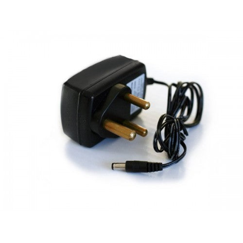 Power Adapter-220V to 5V DC 2.5A