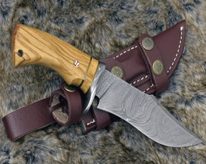 "DAMASCUS BOWIE KNIFE, Damascus Hunting Knife, tactical camping utility Bowie knife 10"" custom, Olive wood handle personalize, leather sheath-Shokuninknives"