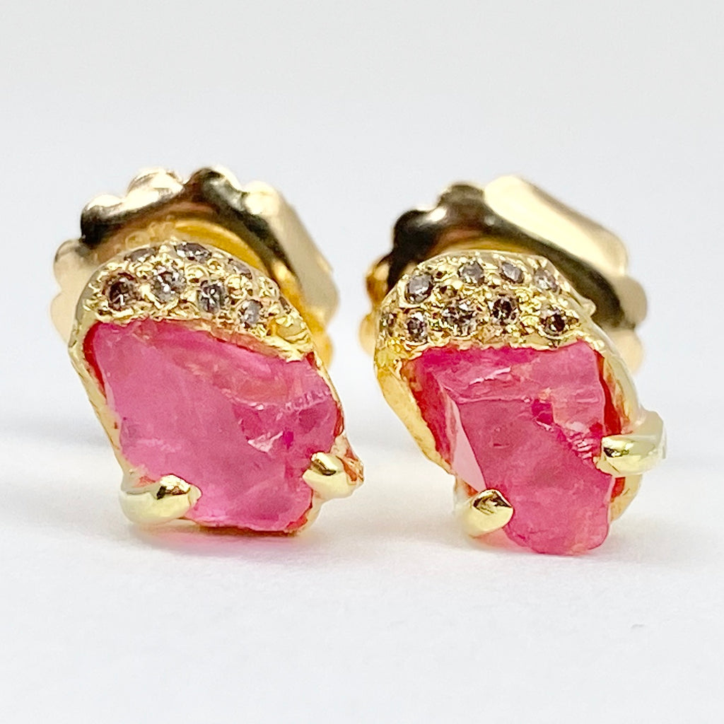 Pia Stud Earrings - Pink Spinel
