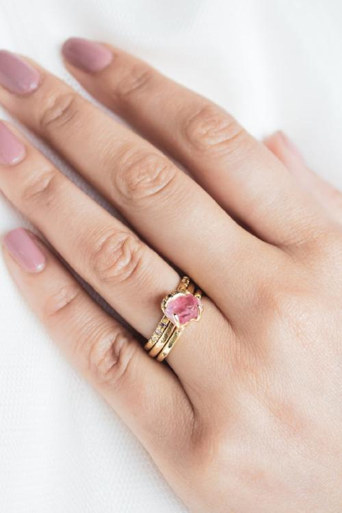 Gee Solitaire Ring - Spinel