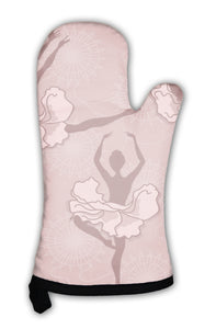 Oven Mitt, Pattern Of Ballet Dancers