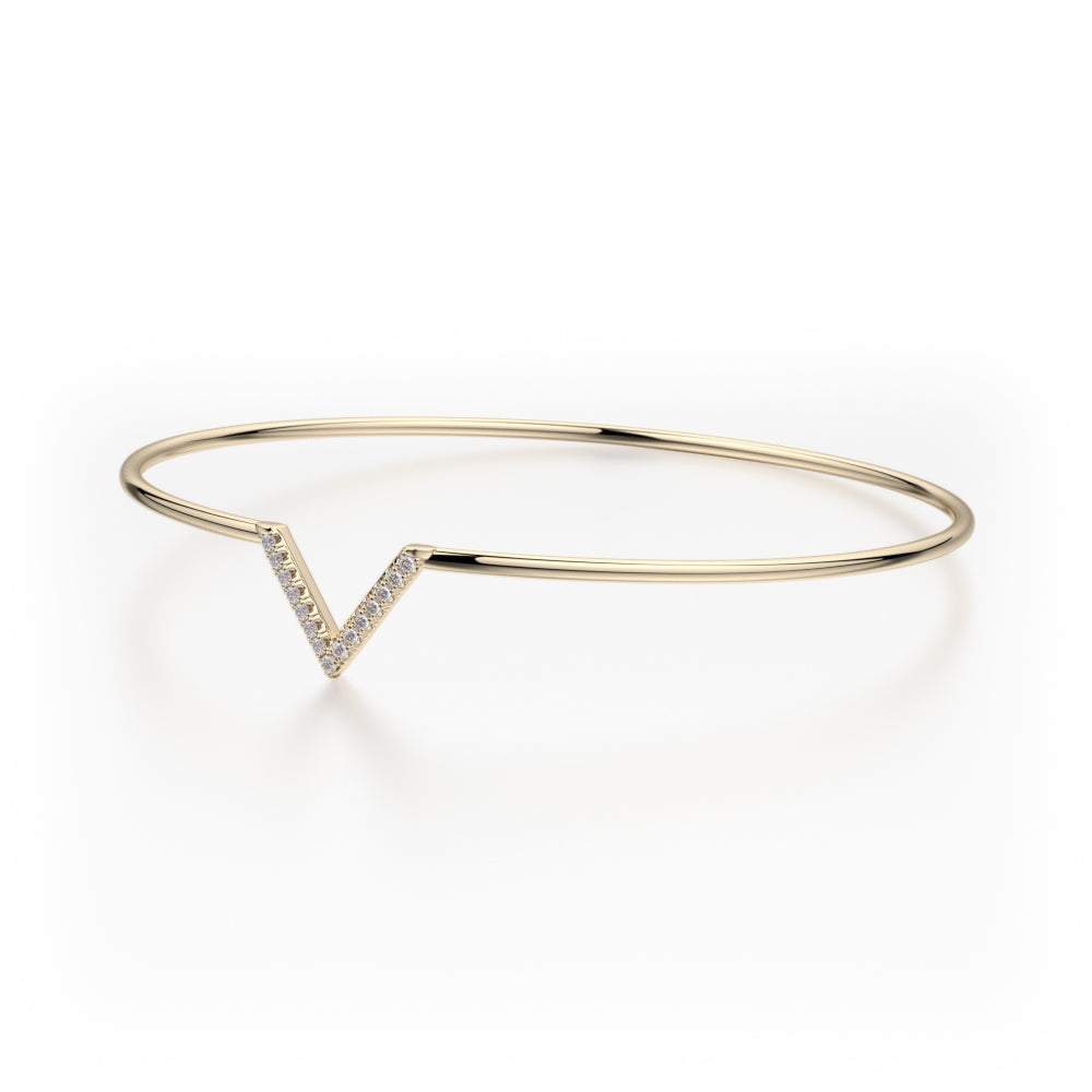 Single V Diamond Bangle