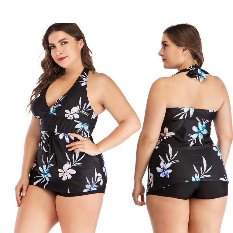 Plus Size Flower Print Tankini Set black set model wearing